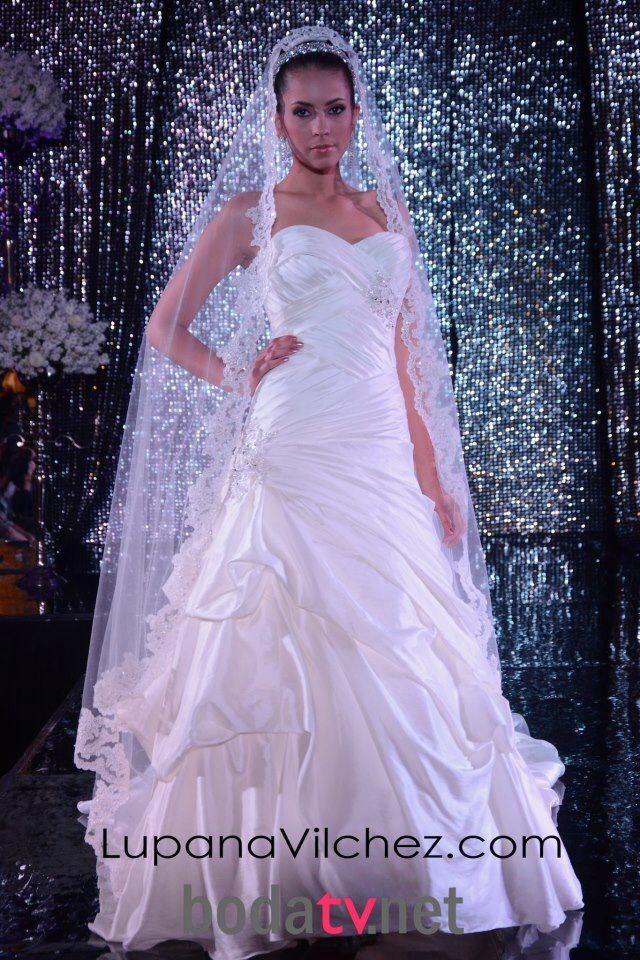 Hermosa Vestido De Novia De La Boda Del Jardín Galería - Vestido de ...