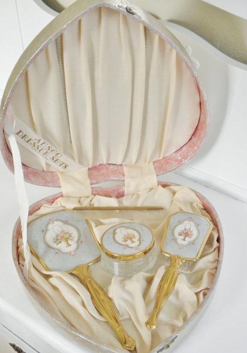 Vintage vanity hair brush set in a heart-shaped box <> (boudoir, bedroom)