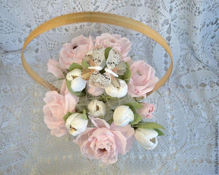 Купить свадебная корзина цветов из конфет - бледно-розовый, корзина с конфетами, корзина с цветами