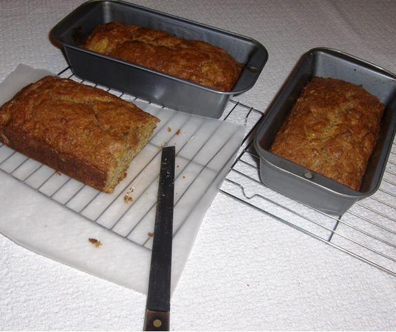 Pumpkin Bread Recipe: Fine Motor Skill Activity - Pinned by #PediaStaff. Visit http://ht.ly/63sNt for all our pediatric therapy pins