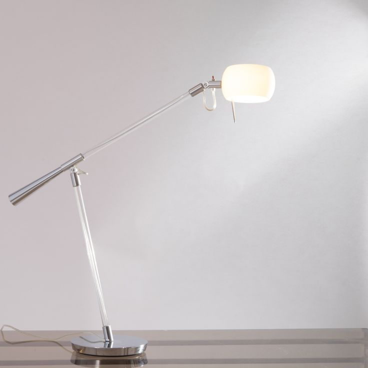 Table lamp with base in polished aluminum, stem and arms in pyrex glass with diffuser in white opal glass grit.