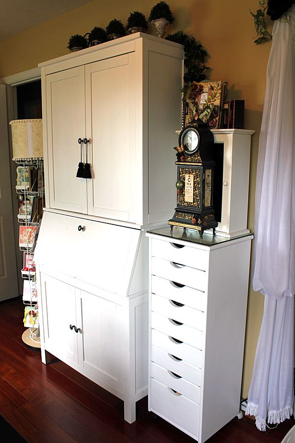 Craft room// Love the tall stack of drawers. Want a taller one, if possible. Could paint it any colour I want.