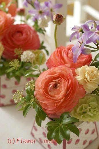 『【送別会のお花】プチアレンジ』 http://ameblo.jp/flower-note/entry-11212609448.html