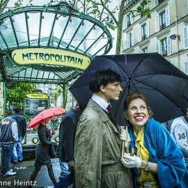2013 - Paris - 8 Metro - 1200px-wmk