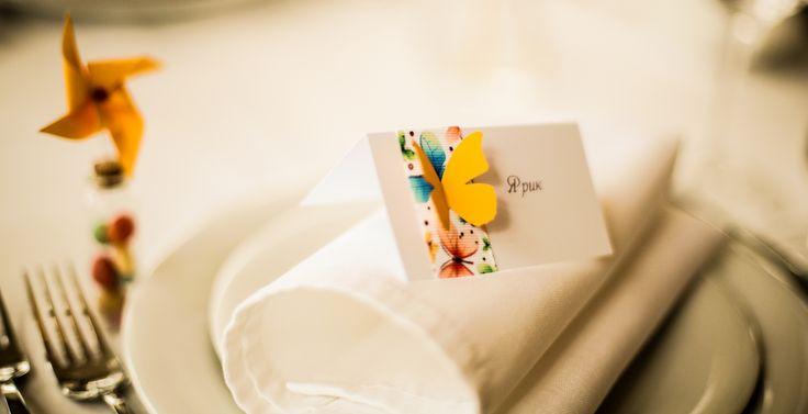 Таблички для гостей с бабочками. Добавило летнего настроения!