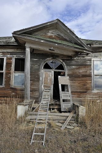 Abandoned school house, Gascoyne, North Dakota