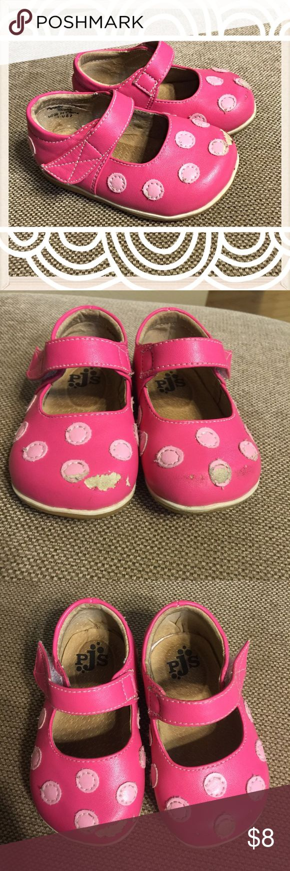 Puddle Jumper Mary Janes, Infant 2 Pink polka dot. Scuffing to toes. Cute play shoes. Puddle Jumpers Shoes
