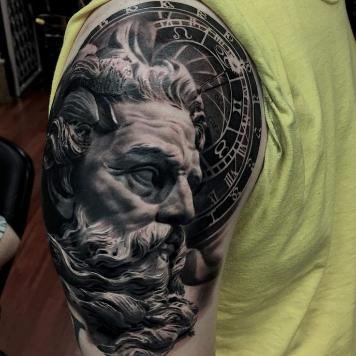 Neptune by garrett harper mayday tattoo chicago for Tattoo shops in illinois