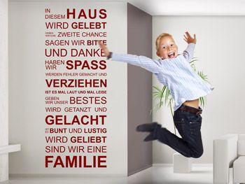 Wandtattoo Spruch in diesem Haus für glückliche Familien