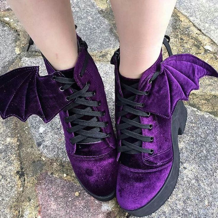velvet purple batwing shoes | goth accessories