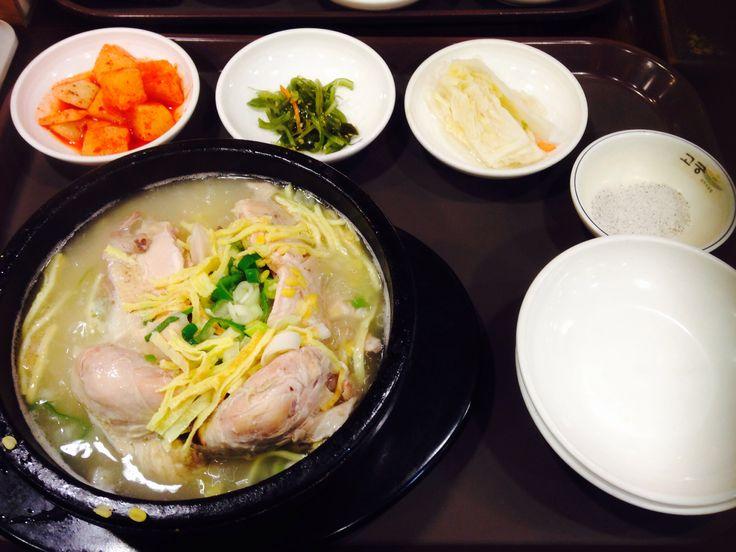 [GoGoong] 13000won Mung beans Samgyetang It gives you more energy :D