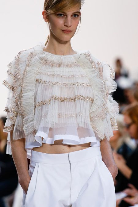 Chloé Spring 2013 Ready-to-Wear Collection Slideshow on Style.com #blanc #blanccomm #blanccommunications @blanccomm