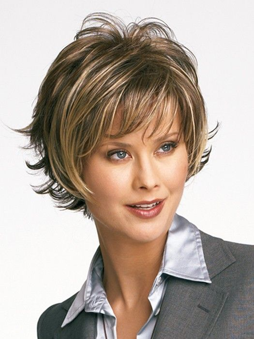 short layered womens haircuts 1000 ideas about layered hairstyles on 2734 | 61bbad87eaca669cb303d715aee99ed4
