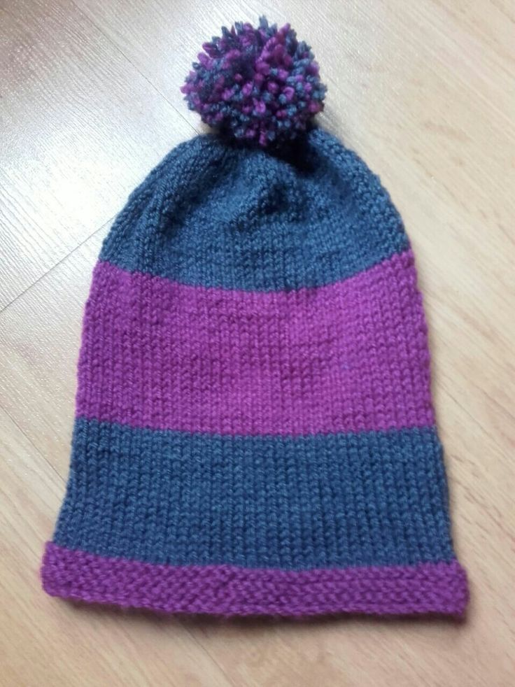 Gorra golgante // A hat #tricot #punto #knitting #gorras #beannies #hats