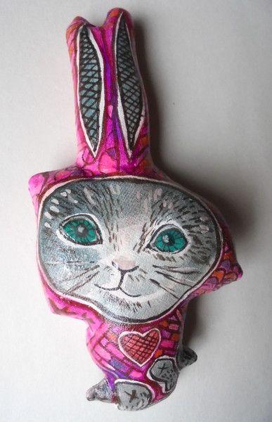 Skulpturen - Kitty ist ein Hase... - ein Designerstück von feicht bei DaWanda