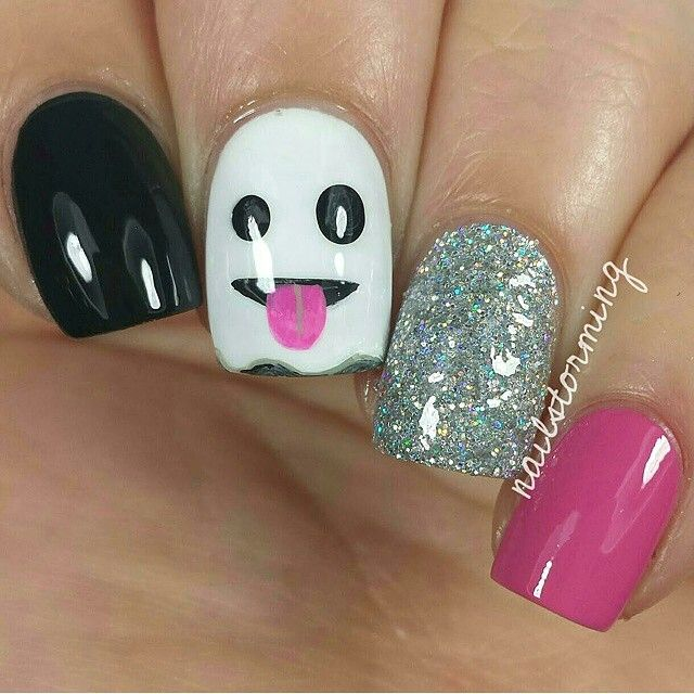 """Ghost Emoji Mani ✨Nails by @nailstorming ✨Polish: OPI 'Who Are You Calling Bossy!?!' & Suzi Has a Swede Tooth' from @hbbeautybar Use her code to get…"""