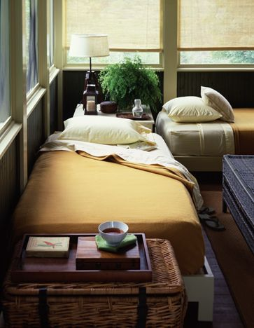 would love a porch-like bedroom.