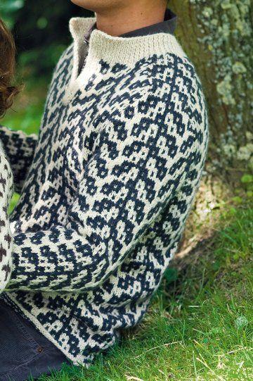 Pull tricoté en laine et alpaga effet jacquard, aux motifs bleus et blancs pour homme. n°74