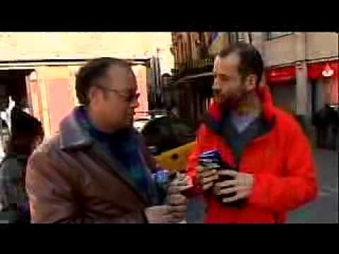 """italo spagnolo 01 - In giro per Barcellona con Fabio Volo - Il video di una puntata del programma """"Italo spagnolo"""" che andava in onda su MTV Italia"""