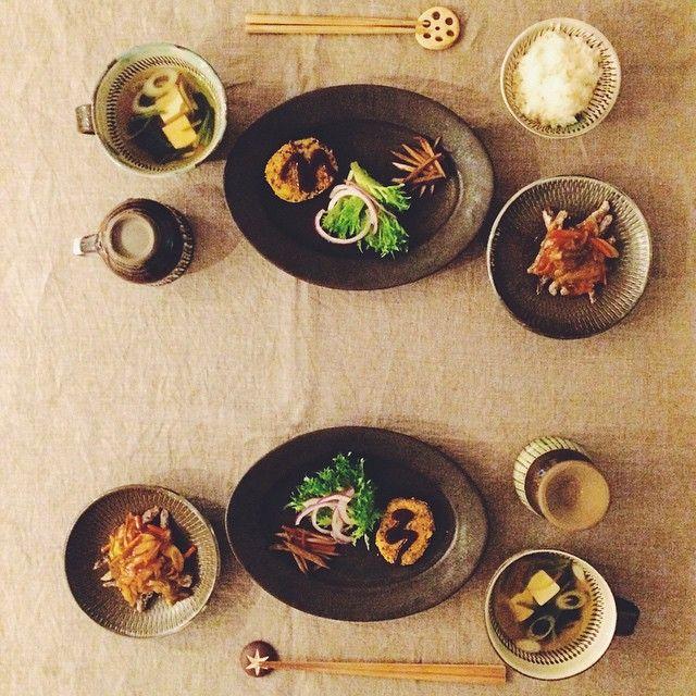 Oval Plate M (Black matt) オーバル皿M(黒マット) / Awabi ware   Iconosquare – Instagram webviewer