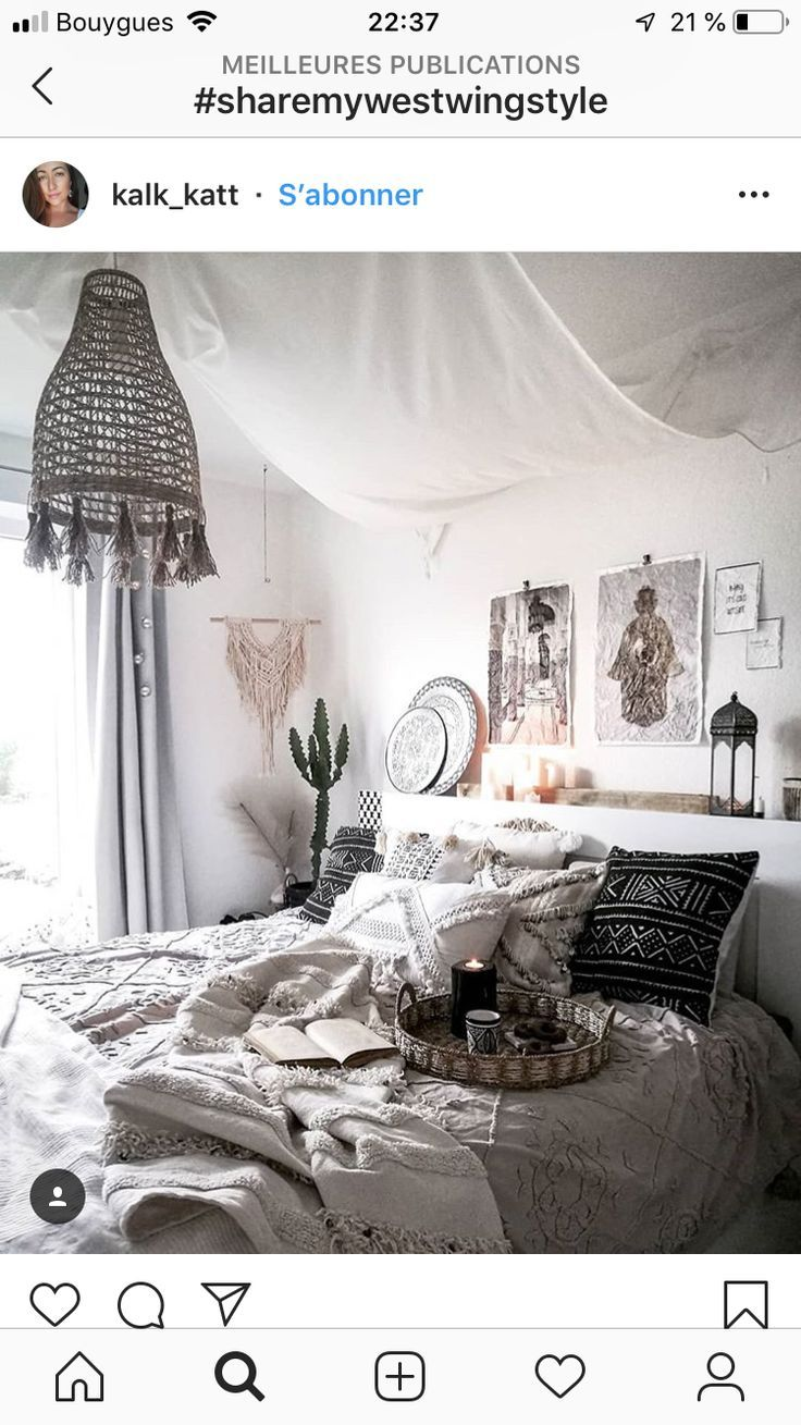 Lamp Boven Bed Lamp Boven Bed Interieur Slaapkamer In 2019 Bedroom Drapes
