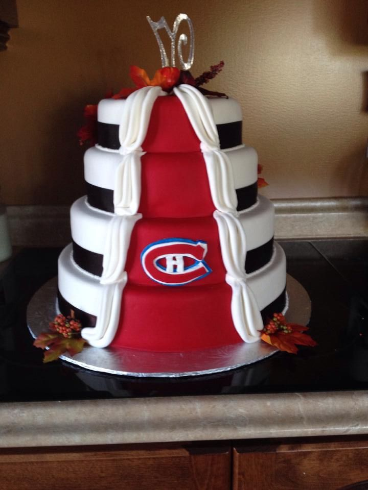Gâteau de mariage. / #Habs Wedding Cake. Soumis par / Submitted by Kimberly Normore (Facebook) #GoHabsGo