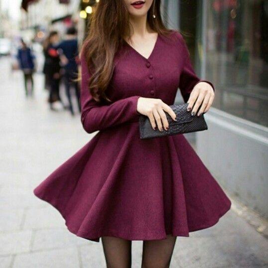 Vestido color vino, manga larga