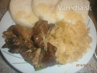 Pečené mäso, dusená kapusta, knedle (fotorecept) - Recept