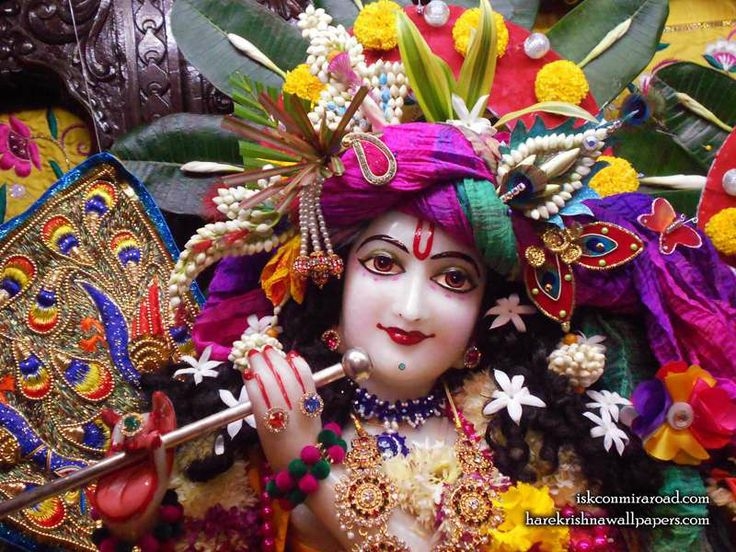 Sri Giridhari Close up