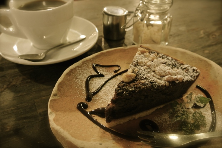 At さらさ花遊小路 (Sarasa kayukoji Cafe).  I was enjoyed this chocolate cake and the calm time...