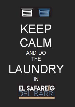 El Safareig del Barri doit son caractère unique et original à son architecture et sa décoration qui le différencient des autres laveries en libre-service de Barcelone. Laverie automatique en libre-service à Barcelone, dans le quartier de l'Eixample, avec 7 lave-linge et 4 sèche-linge ultraperformants, Wi-Fi et table de pliage.