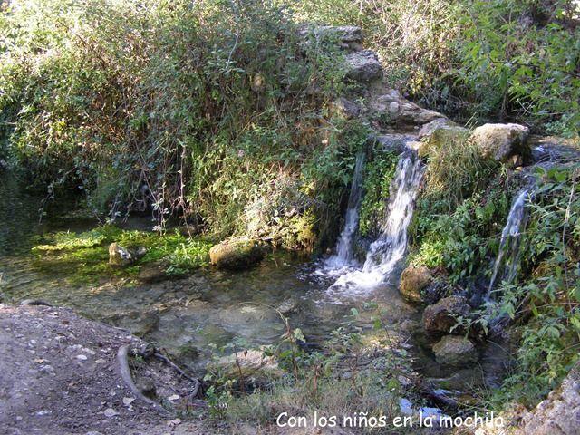 ¿Una bonita excursión familiar en #Bocairent ? Descubrir el nacimiento del Vinalopó.  #archivobloguero #archivo http://blgs.co/535VcN