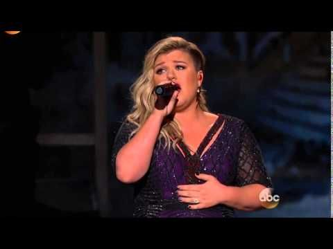 "Kelly Clarkson- ""Invincible"" 2015 live Billboard Music Awards Performance"