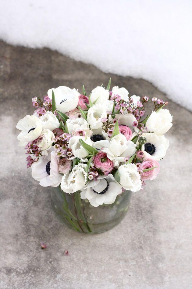 Flower arrangement made by Maria from swedish blog mariaemb. http://blog.elisabethsway.com/