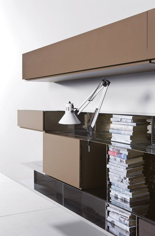 Góra książek #pianca #people #internoitaliano #modern #design