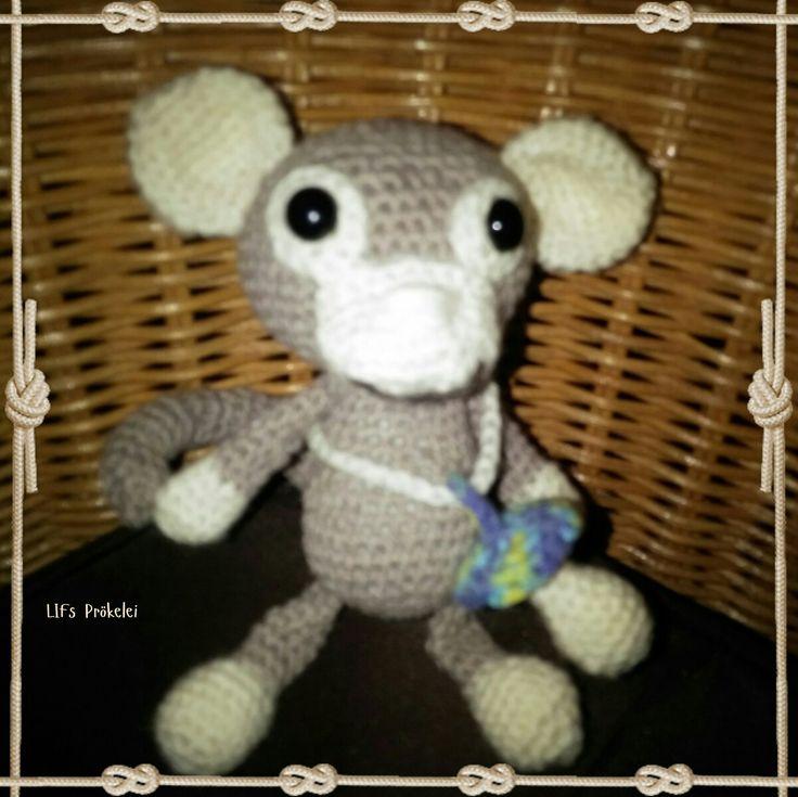 Affenbaby gearbeitet nach einer Anleitung von Heresas Crochet Shop