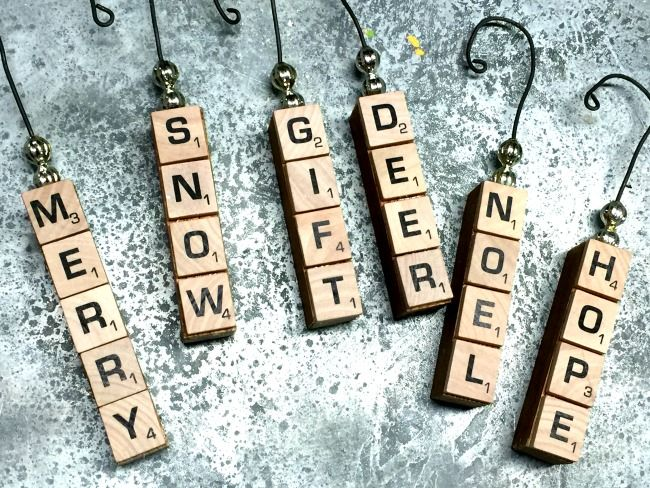 Repurposed Vintage Scrabble Ornaments for Christmas www.homeroad.net