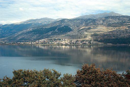 VISIT GREECE| Pamvotida lake also called #Ioannina lake! #Epirus region