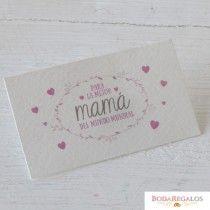 Tarjeta Mamá Mundial grabado rosa, 1hoja=30,min.5 solo puede adquirirse en tramos de 5 unidades  #diadelamadreregalos #queregalarparaeldiadelamadre #ideasregalomadre #queregalaratumadre