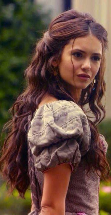 Dark curls. Brunette Katherine Pierce from The Vampire Diaries. Nina Dobrev hair I love her! She is so pretty