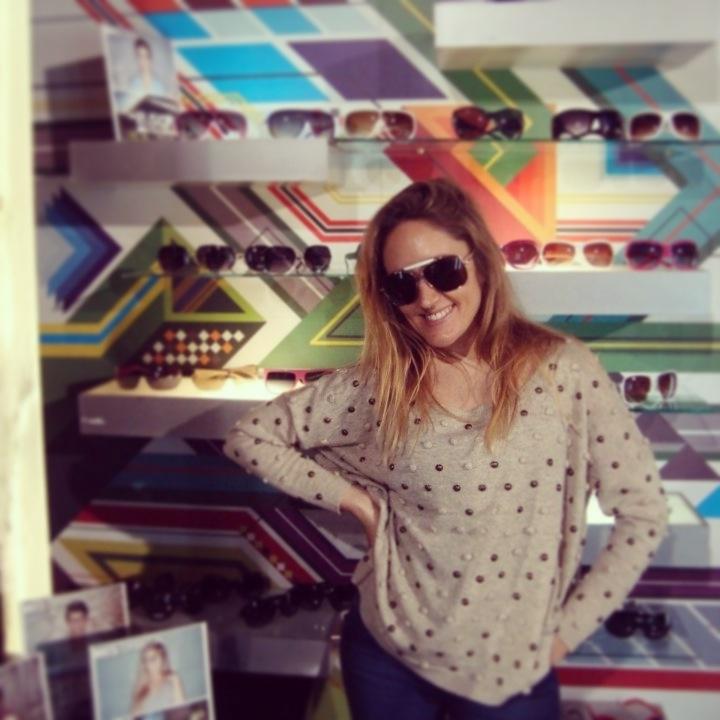 Marina Bellati, actriz de Buena Gente, visitó el Orbital store y eligió el modelo Alpina. ¡Diosa!