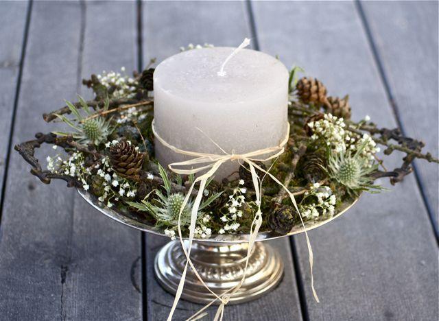 Trädgårdsflow: Gamla silverfat- would make a beautiful centerpiece for a winter wedding