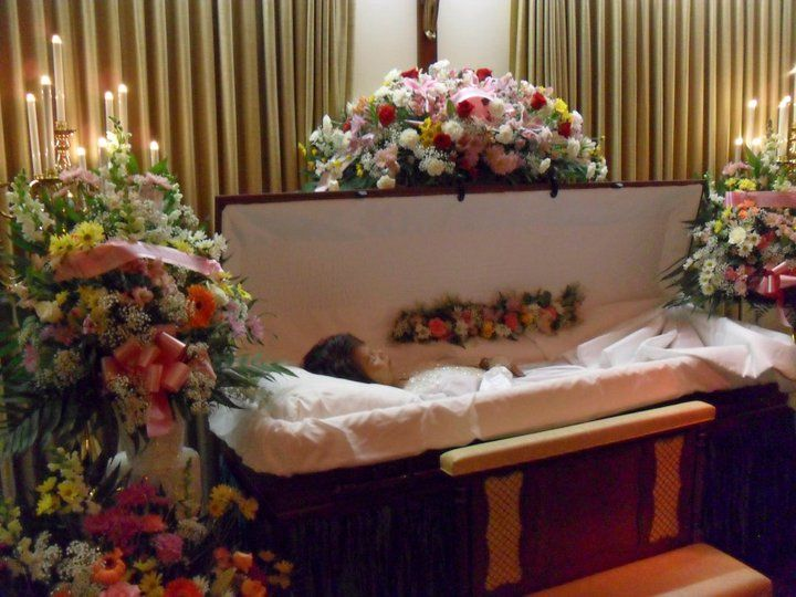 Lisa Left Eye Open Casket Lisa left eye open casket ...
