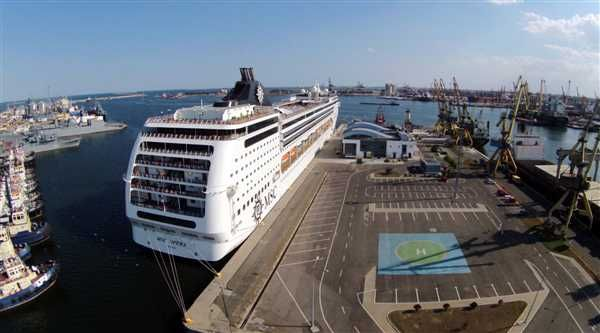 In sezonul de croaziere din acest an, 22 de nave de pasageri au fost deja programate sa acosteze la terminalul de pasageri al Portului Constanta.