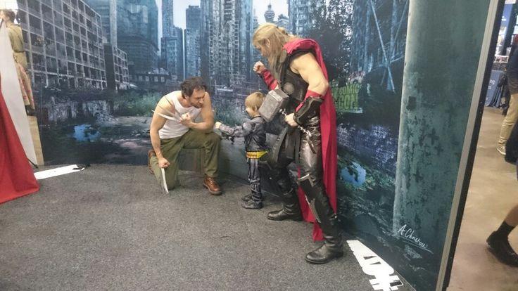 @thorofoz #ThorOfOz #Thor encouraging #minibatman #batman #TheDarkKnight to give…