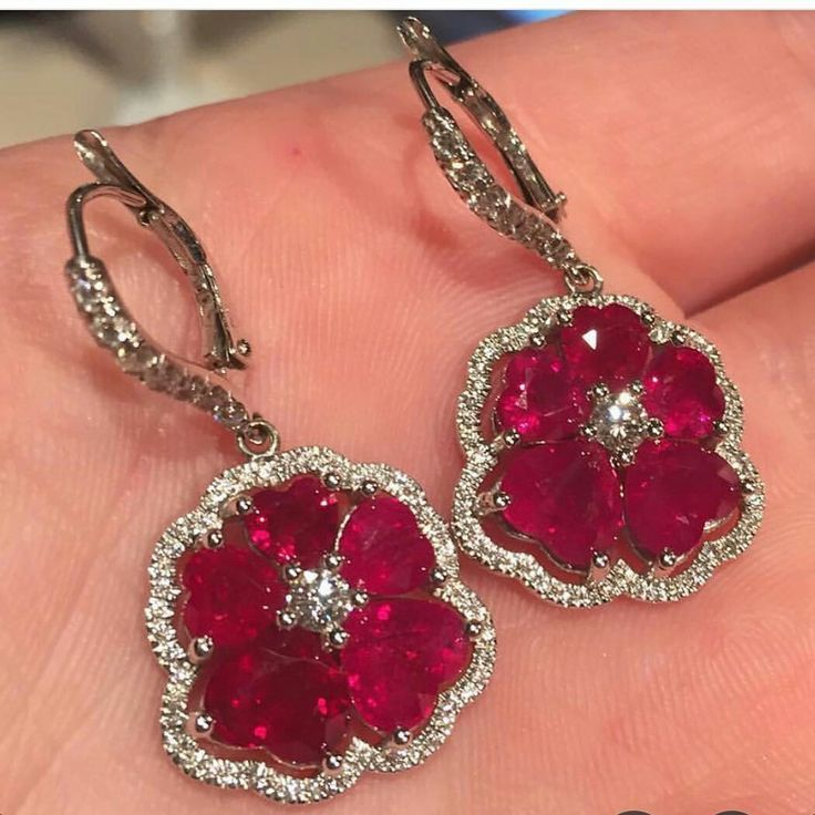 #ruby#July#birthstone#campbellian_collection #BellaCampbell #finejewelrydesigner #weekendvibes #redhot#addmorefuntoyourlife