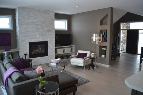 Love this room. Purple/gray combo.