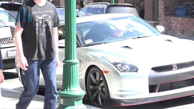 Ligar con un Nissan GTR con 16 años - Flirt with a Nissan GTR with 16 years
