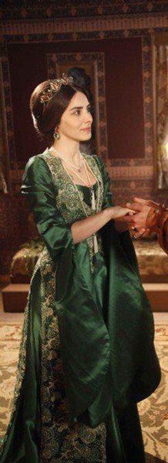 Magnificent Century /mahidevran kıyafeti - not seen it but liking the costuming!