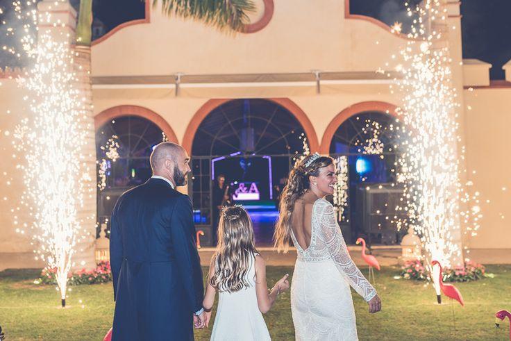 Fire works weddings Fuegos artificiales en una boda
